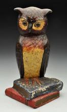 Cast Iron Owl on Books Doorstop.