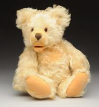Collectible Lg. White Steiff Zotty Bear with ID.