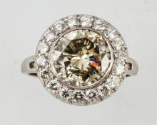 3.45 ct. Natural Fancy Color Diamond Ring.