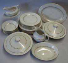 Royal Doulton Tableware Selection Fairfax pattern