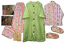 Kirsten Dunst Wardrobe From ''Dick''