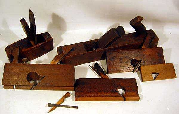 Lot 4046: Antique Hand Tools WOODWORKING PLANES Coffin-Shaped Block ...