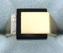 Signet ring with diamonds & onyx