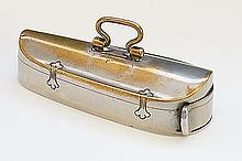 A silver plated violin case vesta, 5cm long, early 20th Century
