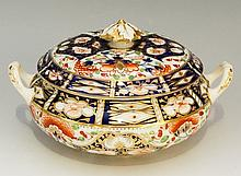 A Derby Japan pattern two handled compressed globular dish and cover, the l