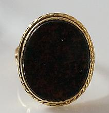 A Victorian 22ct yellow gold gentleman's signet ring, oval bloodstone matri