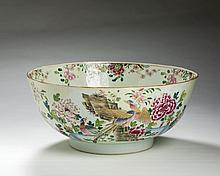 CHINESE EXPORT PORCELAIN FAMILLE ROSE PUNCH BOWL, CIRCA 1750.