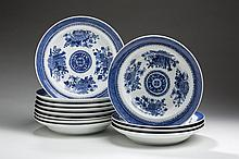 TWELVE CHINESE EXPORT PORCELAIN BLUE 'FITZHUGH' SOUP PLATES, NINETEENTH CENTURY.