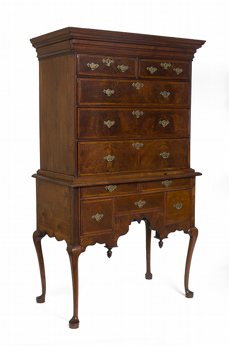 MASSACHUSETTS NORTH SHORE QUEEN ANNE HIGHLY FIGURED WALNUT VENEER HIGHBOY.