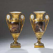 PAIR OF PARIS PORCELAIN GOLD-GROUND VASES, MID-NINETEENTH CENTURY.