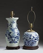 CHINESE EXPORT PORCELAIN BLUE AND WHITE GINGER JAR AND A VASE.