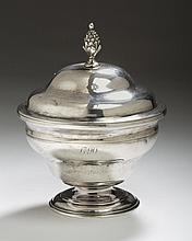 FINE AND RARE BOSTON SILVER SUGAR BOWL AND COVER, BENJAMIN BURT, 1770-95.