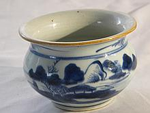 CHINESE ANTIQUE BLUE AND WHITE JAR, DATED QING DYNASTY,