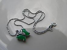 CHINESE GREEN JADE BUTTERFLY NECKLACE