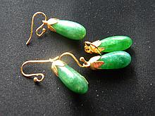 TWO CHINESE ANTIQUE IMPERIAL JADEITE JADE EARRINGS GOLD