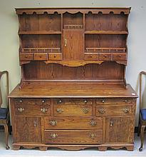 COUNTRY PINE HUTCH, American, early 20th century a