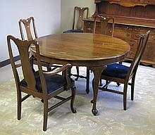 QUEEN ANNE STYLE MAHOGANY DINING TABLE AND CHAIR S