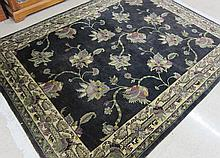 HAND KNOTTED ORIENTAL CARPET, Indo-Persian, leaf