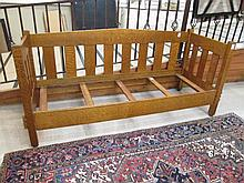 CRAFTSMAN OAK DAYBED, American, c. 1915, with repe