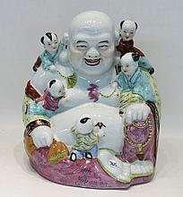 CHINESE REPUBLIC PORCELAIN FAMILLE ROSE BUDDHA wit