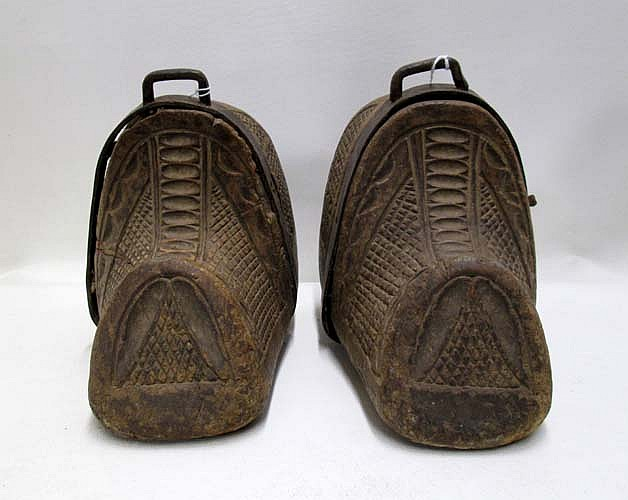 PAIR CARVED WOODEN SOUTH AMERICAN CLOG EQUESTRIAN