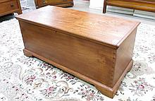 LIFT-TOP BLANKET CHEST, American, 19th century, wi