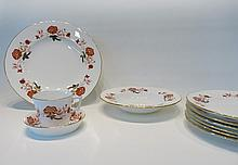ROYAL CROWN DERBY CHINA SET, thirty piece service