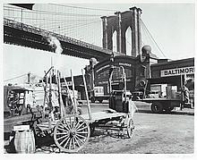 BERENICE ABBOTT GELATIN SILVER PHOTOGRAPH (New Yor