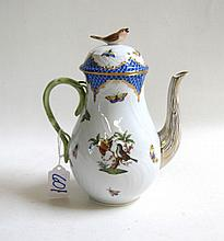 HEREND HAND PAINTED PORCELAIN COFFEE POT, #1671/RO-EB, in the