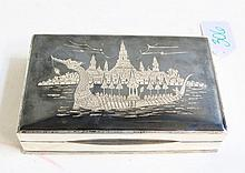 SIAM STERLING SILVER BOX with hinged lid having