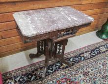 VICTORIAN MARBLE-TOP WALNUT LAMP TABLE, Eastlake d
