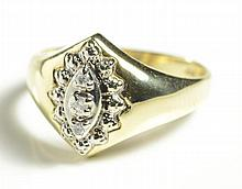 DIAMOND AND TEN KARAT GOLD RING, set with three