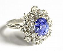 SAPPHIRE, DIAMOND AND 18K WHITE GOLD FASHION RING