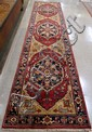 HAND KNOTTED ORIENTAL CORRIDOR RUG, Persian Serapi