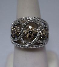 Beautiful Champagne & White Diamonds Silver Cape Ring (25R)