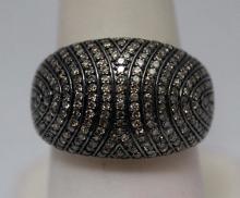 Dazzling Antique Style Black & White Diamonds Silver Ring (34R)