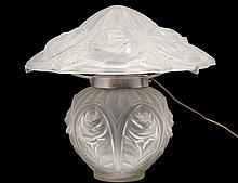 DEGUE MOLDED AND FROSTED GLASS LAMP AND SHADE