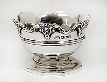 GEORGE V STERLING SILVER MINIATURE MONTIETH BOWL
