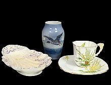 GROUP OF THREE ASSORTED PORCELAIN TABLE ARTICLES
