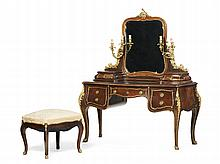 Coiffeuse estilo Luis XV em diversas madeiras