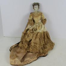 Character Doll of Queen, Parian Doll: