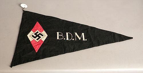 Hitler youth Nazi BDM pennant, 17 x 29.