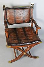 THOMASVILLE HEMINGWAY COLLECTION CAMPAIGN STYLE MAHOGANY AND LEATHER CHAIR