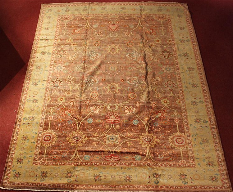NEW EGYPTIAN MAHAL RUG