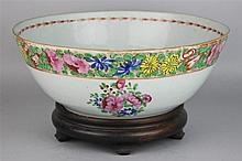 CHINESE EXPORT FAMILLE ROSE PUNCH BOWL, SECOND HALF OF 19TH C.