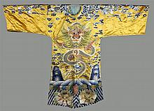 CHINESE SILK-EMBROIDERED YELLOW SILK ROBE
