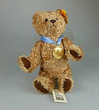 Steiff 2002 teddy bear limited edition for Danbury Mint with certificate