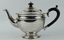 Silver Teapot hallmarked Birmingham 1931 (447 grams)