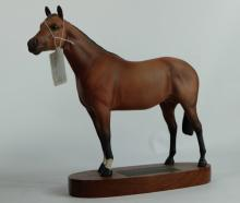 Beswick Connoisseur model of Thoroughbred Horse 1772 on wood base