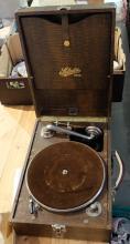 Selecta Portable table top Gramophone